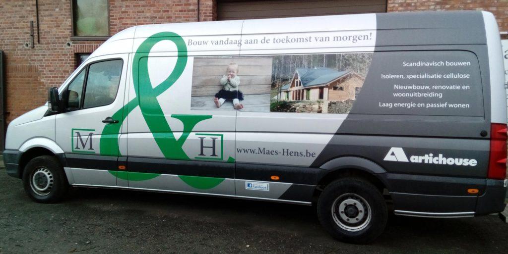 de camionette van Maes-Hens
